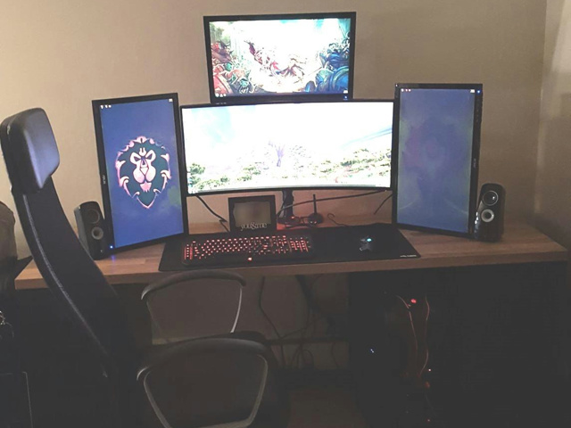 PC_Desk_UltlaWideMonitor33_68.jpg