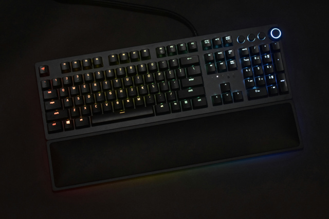 Razer_Huntsman_Elite_12.jpg