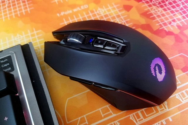 Wireless_Gaming_Mouse_201806_21.jpg