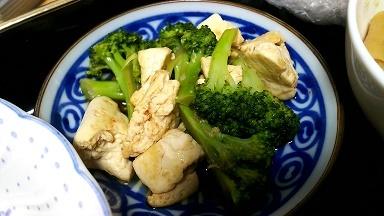豆腐とブロッコリーのオイスターソース炒め