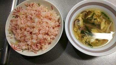 紅しょうが焼き飯とスープ