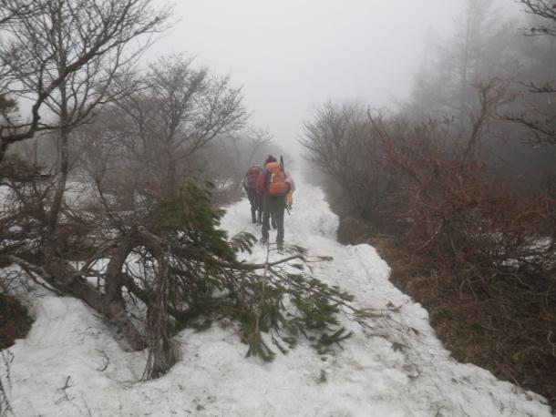 登り (3)