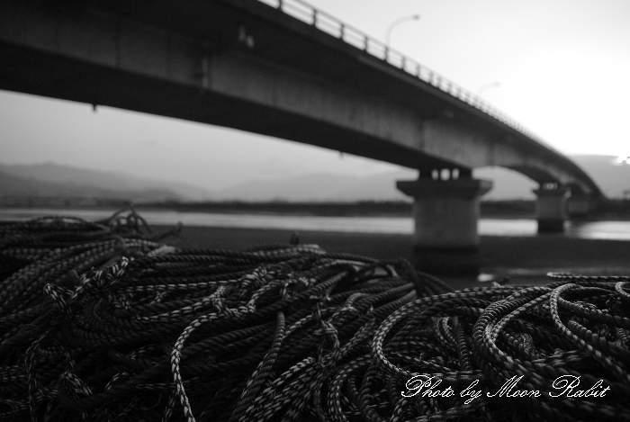 ロープと新中山川大橋 愛媛県西条市禎瑞