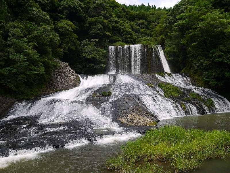 天然のビッグ!ウォータースライダー「龍門の滝(大分県玖珠郡)」