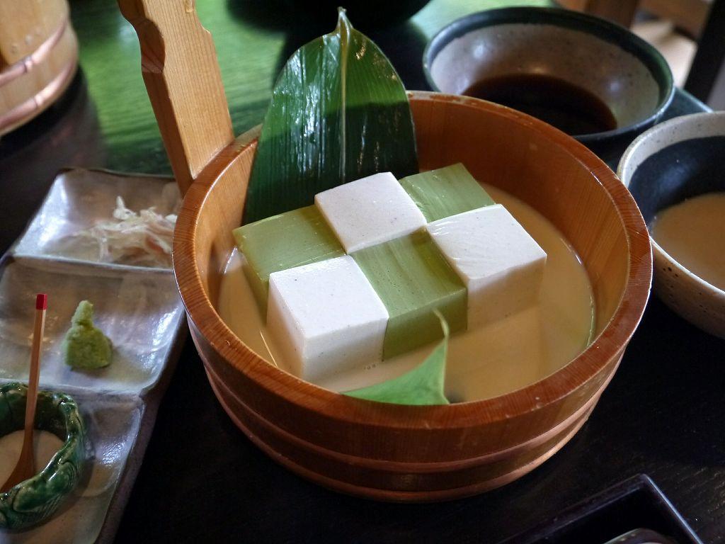 蕎麦と抹茶のお豆腐!お庭と渡月橋を臨む「豆腐料理 松ヶ枝(京都市右京区)」でランチ☆