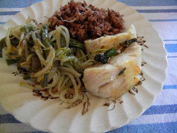 blog (5x4) Yoko CP2 Lunch, Black Cod, Brown Rice with Cheese, Warabi & Moyashi, Mendocino_DSCN8798-5.8.18.jpg