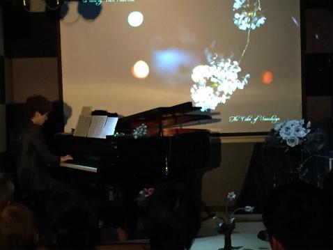 ブログピアノ花2