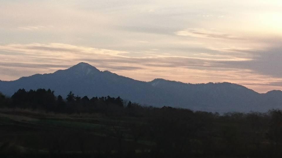 【朝焼けの米山と妙高を見ながら朝ラン】-2