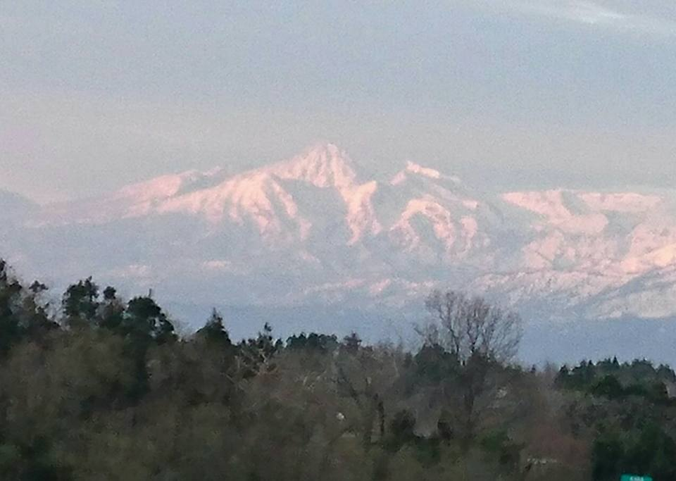 【朝焼けの米山と妙高を見ながら朝ラン】-3