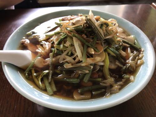 ラーメン武尊  (山菜醤油ラーメンと野菜味噌ラーメン)