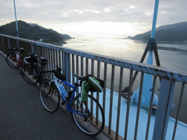 10月07日 大橋渡る