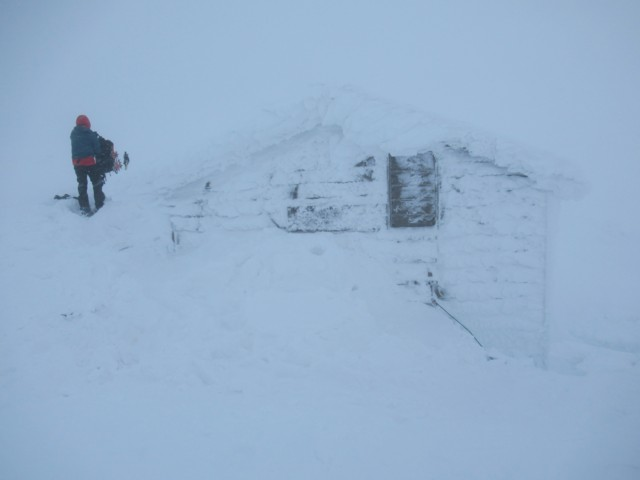 1月5日 標高1230mの避難小屋