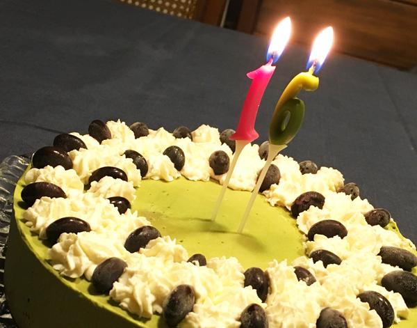 お誕生日の抹茶アイスケーキ
