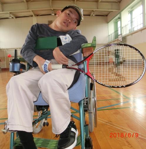 宇井君のテニス
